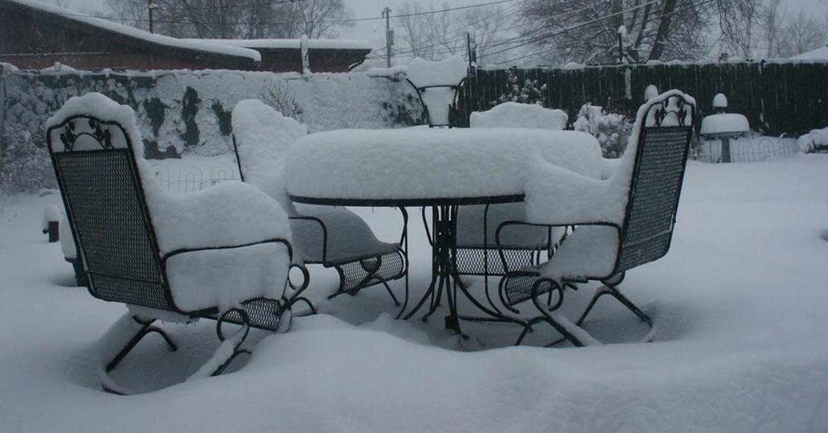 buy patio furniture Sofas & More